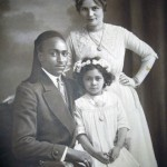Mohammed ben Mansour mit seiner Frau und Tochter Tefida