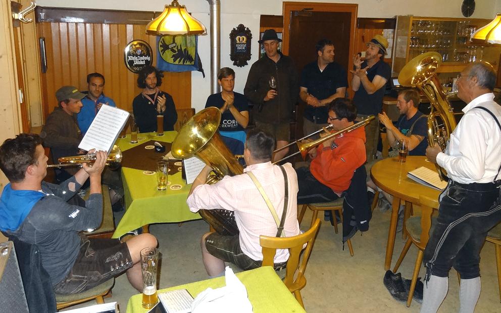 Einen gelungenen Junggesellenabschied feierte eine Gruppe aus dem westlichen Holzwinkel in unserem Gasthaus